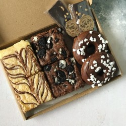 Vegan Valentines Treat Box