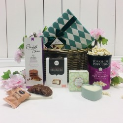 Sweet Treats Pamper Hamper