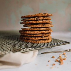 Dairy-free Dark Chocolate and Pecan Rye Cookies