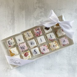 'Get Well Soon' Deluxe Nougat gift box (18 pieces)