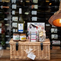 Dorset Produce Luxury Hamper of Goodies