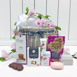 The Pink Pamper Hamper