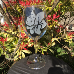 Personalised Wine Glass - Daffodil