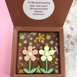 Chocolate Summer Daisies with Personalised Message
