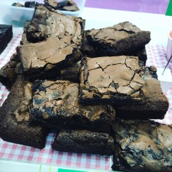 Dark Chewy Chocolate Fudge Brownies (Vegan) - Set of 6