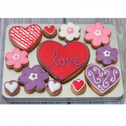 Love Biscuit Gift Tin (Box of 12)