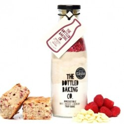 White Chocolate & Raspberry Tray Bake | Cake Mix