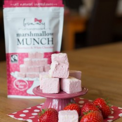 Strawberry & White Chocolate Marshmallow Munches