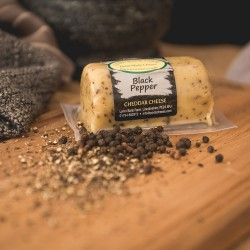 Black Pepper Cheddar Barrel (145g)