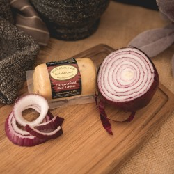 Caramelised Red Onion Cheddar Barrel (145g)