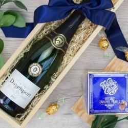 Eshott English Wine & Chocolate Box