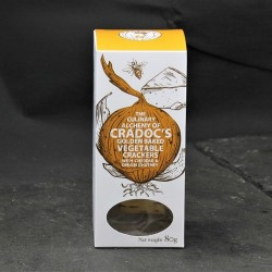 Cradoc's Vegetable Crackers with Cheddar and Onion Chutney (80g)