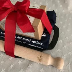 Deluxe Welshcake & Bakestone Gift Bundle