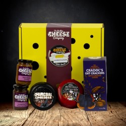 """Congratulations"" Cheese Gift Box"