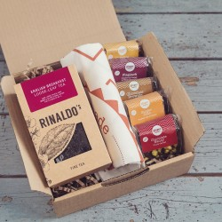 Speciality Tea, Cake & Tea Towel Gift Box