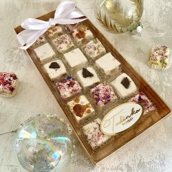 Festive Nougat Medium Gift Box (18 pieces)