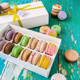 Taste of Britain Macaron Selection Box of 12