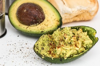 Feel Fuller for Longer: Add Avocado to your Lunch