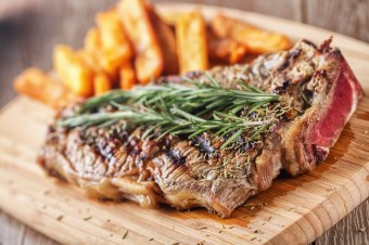Healthy Makeover: Steak and Chips