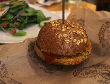 How To Make The Perfect Homemade Veggie Burger