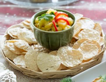 Crunchy Poppadoms with Pineapple Salsa