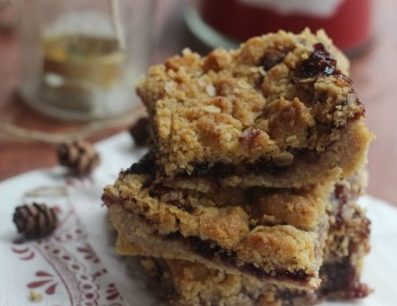 Black Cherry Oatmeal Bars