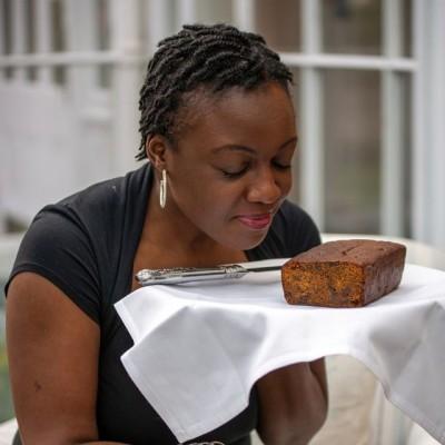 Vie's Jamaican Rum Cakes