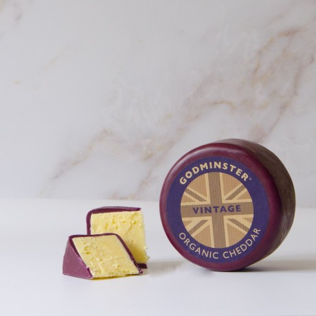 Heart-Shaped Smoked Cheddar Gift Set