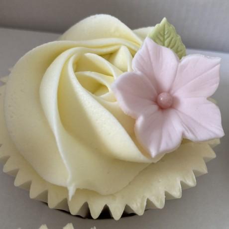 Happy Birthday Pretty Pink Cupcakes Gift Box