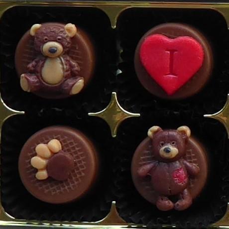 Bear Hugs - Personalised Teddy Bear Chocolates