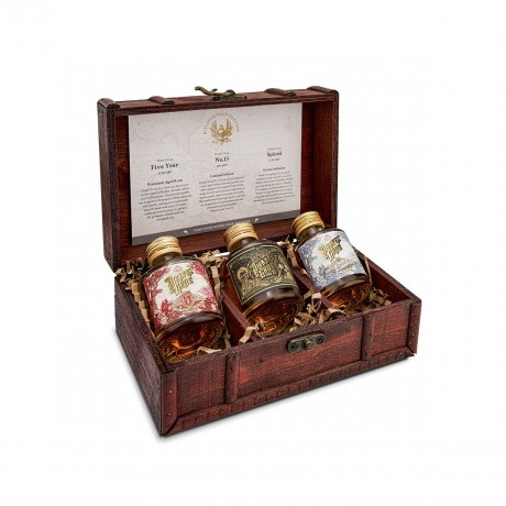 Pirate's Grog Rum Miniatures Gift Set