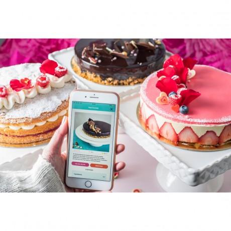 Raspberry Victoria Sponge Cake - Recipe Kit & Tutorial