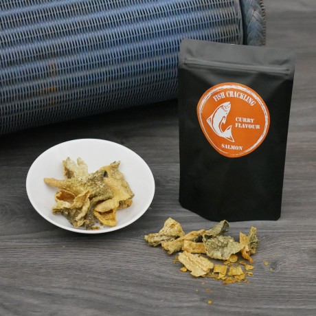 30g Dried Salmon Fish Crackling Chips with Curry