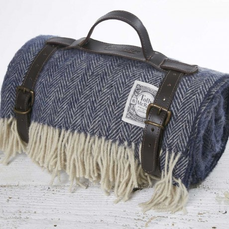 Luxury Wool Picnic Rug - Navy Blue