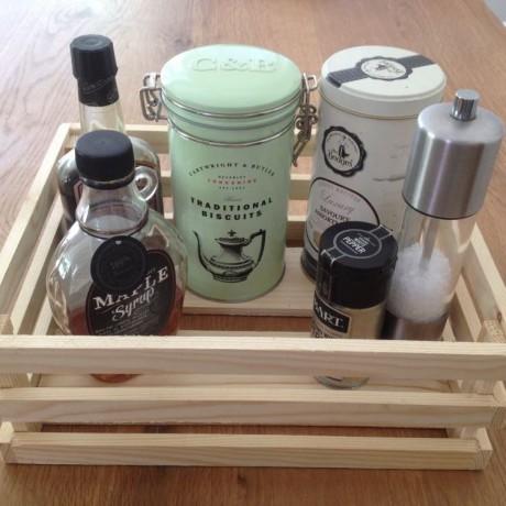 Small Condiment Crate