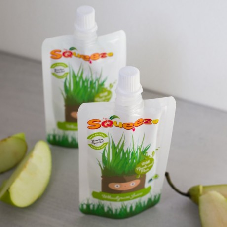 Squeeze Wheatgrass with Apple and Pear
