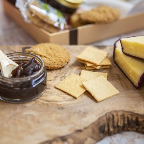 Luxury Cheese and Biscuits by Post