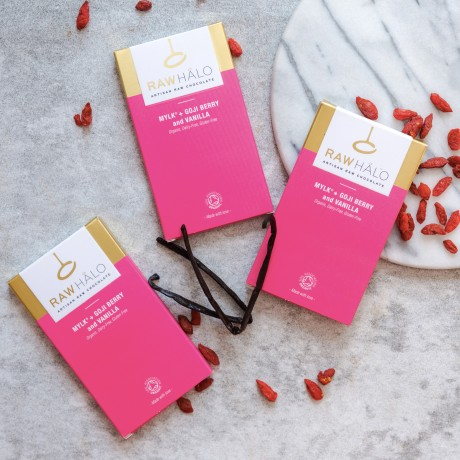 Raw Chocolate Mylk + Goji Berry and Vanilla Bars (3 bars)