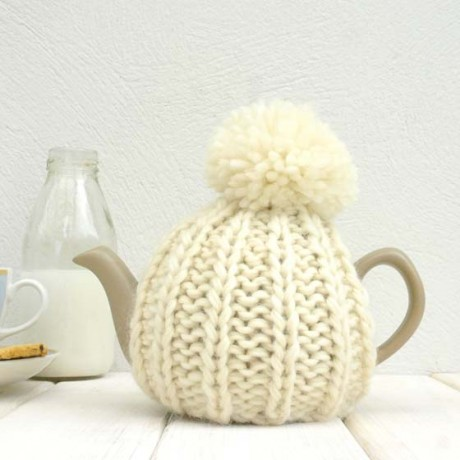 Cream 2 Cup Tea Cosy