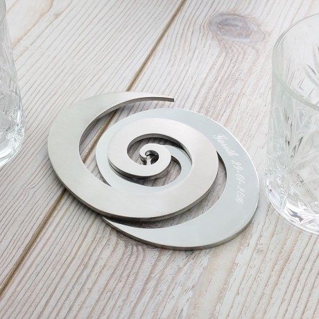 Uniquely tessellating spiral.