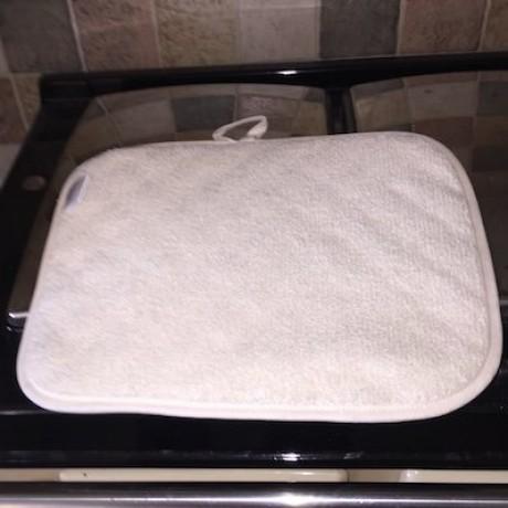 Rectangular pad base