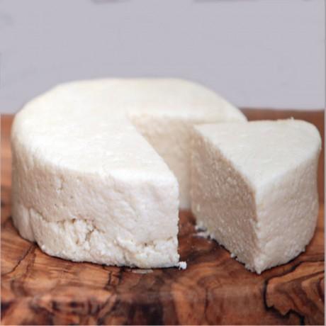 Raw Soft Macadamia Vegan Chease