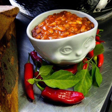 'Crazy in Love' Porcelain Bowl sharing the chilli