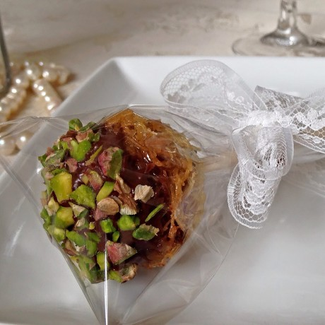 Baklava Pop wedding favour