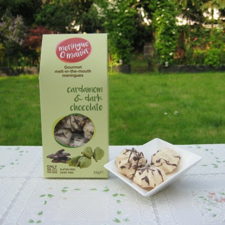 Cardamom & Dark Chocolate Meringues - Large Box (25g)