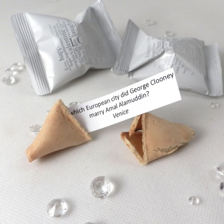 wedding trivia fortune cookies - unusual wedding favours