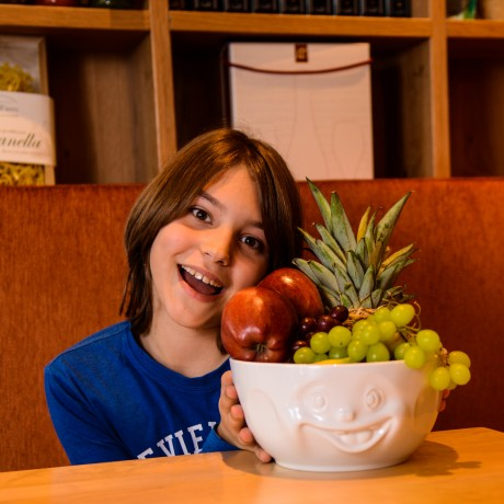 'Out of Control' Big Bowl with boy in restuarant