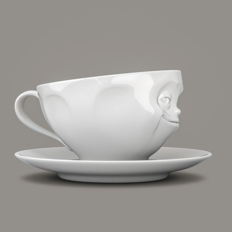 Side View of the Porcelain 'Grinning' Cup