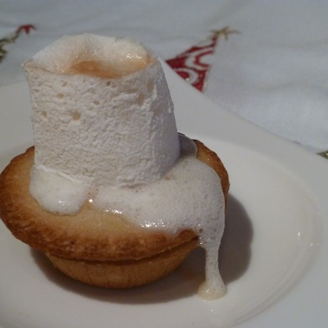 Toasted mallow on mince pie