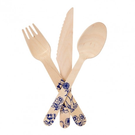 This wooden cutlery set is a really stylish alternative to the usual plastic disposable cutlery. The pretty blue design matches our large paper plates. Made from birch, harvested from a sustainable source. Perfect for picnics, barbecues and relaxed summer garden parties. Contents: 4 x spoon, 4 x fork, 4 x knife.